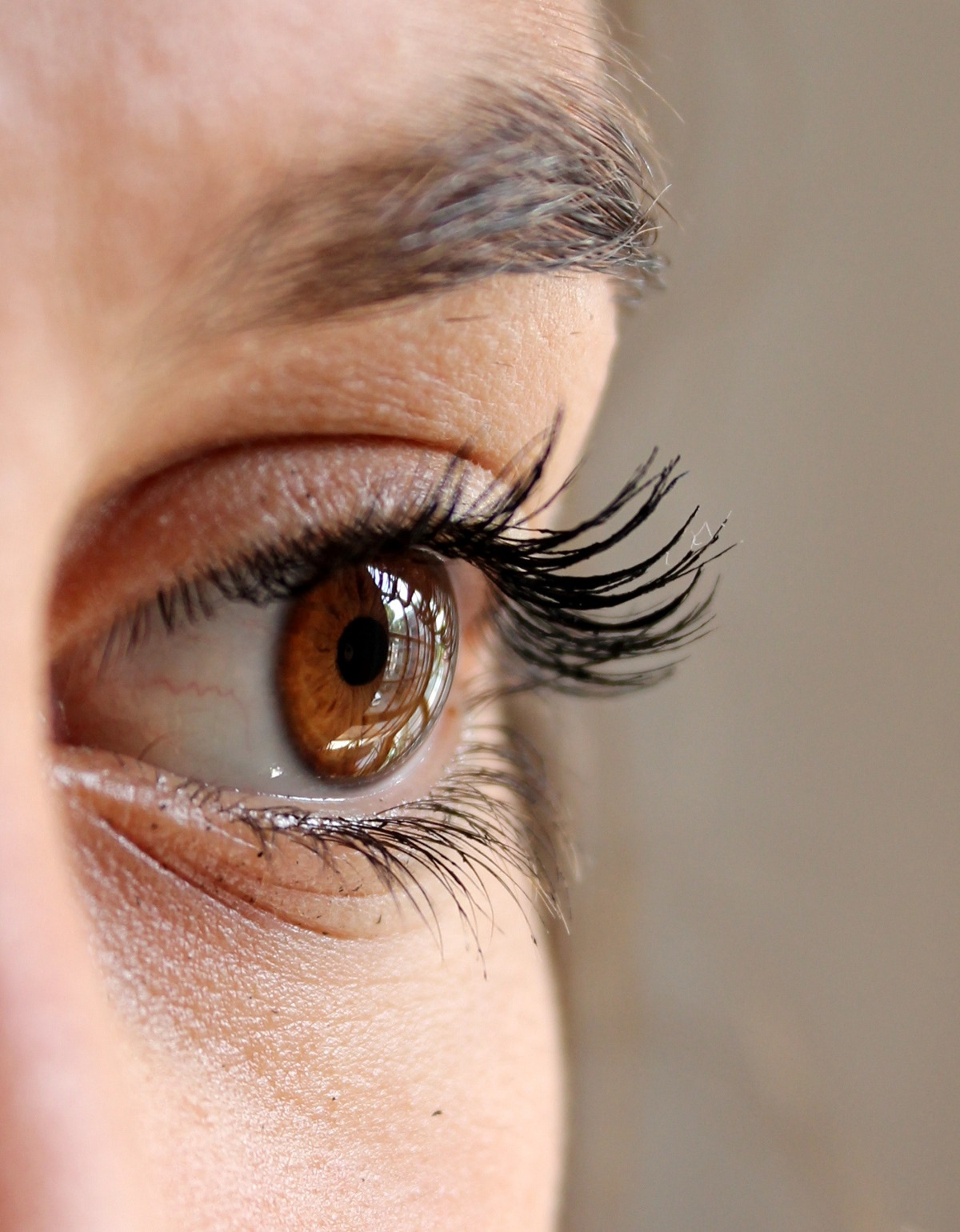The Best Eyelash Growth Serum May Not Work For You